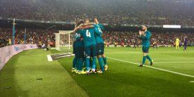 Reali fiton në kështjellën e Barcës, vë njërën dorë mbi trofeun e Superkupës (Video)