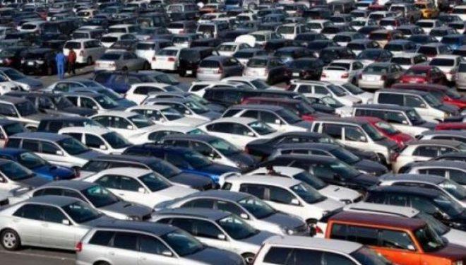 Me regjistrim të veturës paguhet taksa ekologjike e cila s'po shkon në mbrojtje të mjedisit