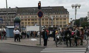 """Sulmuesi në Finlandë bërtiti """"allahu ekber"""" para se të kryente sulmin (VIDEO)"""