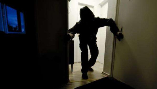 Vjedhje në xhami e në objekte tjera, katër të arrestuar