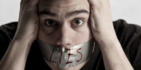Kur ai gënjen për paratë: arsyet dhe zgjidhjet