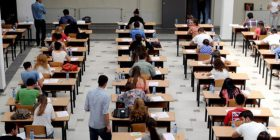 53 nxënës të përjashtuar nga provimi i maturës