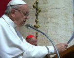 Papa: Është monstruoze që klerikët t'i abuzojnë seksualisht fëmijët