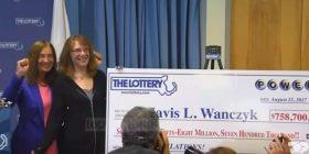 Xhekpoti në SHBA, një grua fiton 785.7 milion dollarë (Video)