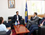Ministri Ismaili zotohet për ngritjen e llogaridhënies në shëndetësi