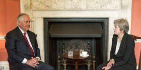 Tillerson në Britani, për bisedime mbi Korenë e Veriut, Libinë