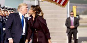 Trump nuk e fsheh dashurinë për Zonjën e Parë, puth Melanian gjatë vizitës në Korenë e Jugut (Foto/Video)