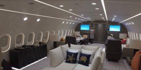 """""""Hoteli në qiell"""": Brenda aeroplanit privat më luksoz në botë (Foto/Video)"""