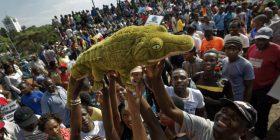 Komuniteti ndërkombëtar mbështet ndryshimet në Zimbabve