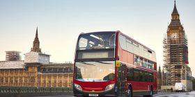 Vijnë autobusët që lëvizin me kafe, shpikja e 27 vjeçarit britanik bëhet realitet në Londër