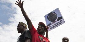 Thellohet kriza politike në Zimbabve