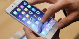 Apple ngadalëson iPhone tuaj për të ruajtur jetëgjatësinë e baterisë