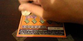 Duke pastruar çantën e burrit gjeti tiketën e lotarisë që deshi ta hedh në mbeturina, pasi e shikoi mirë u habit kur e kuptoi se ka fituar një milion dollarë