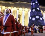 Përgatitjet për festën e Krishtlindjes nëpër botë