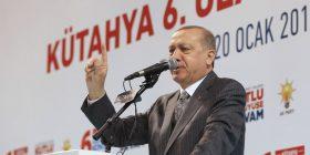 Forcat tokësore turke hyjnë në enklavën kurde në Siri