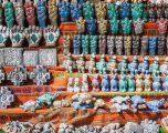 """Bretkosa të ngrira apo fetuse llamash, gjërat e çuditshme që ofrohen në """"tregun e shtrigave"""" (Foto)"""