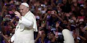 Peru, Papa Françesku dënon korrupsionin