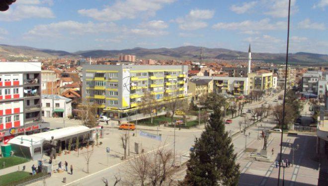 U reziston tre personave që deshën t'ia grabisin çantën në Gjilan