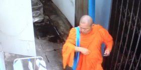 Murgu budist kapet duke vjedhur të brendshmet e një gruaje (Video)