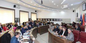 Kuvendarët e Gjilanit miratojnë ndryshimet e statutit, rikthehen dy drejtori komunale