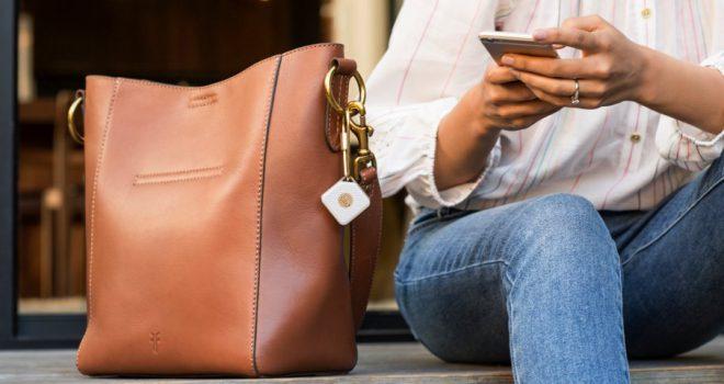 Në shitje pajisja inteligjente që nuk të lejon të humbasësh telefonin, kuletën apo çelësat