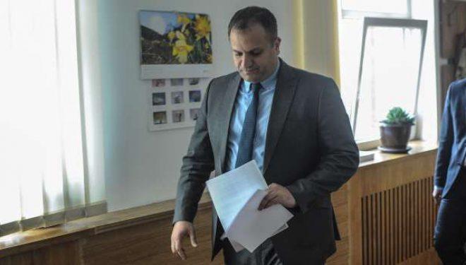 Ahmeti fton qytetarët e Prishtinës të respektojnë vendimin e Qeverisë