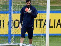 Buffon me rol drejtues te Italia?
