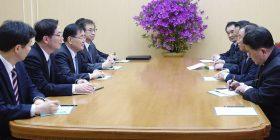 Takim i përfaqësuesve të dy Koreve
