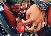 Fëmijët e Pasur me 'probleme' të mëdha : Me cilën veturë të bëjnë xhiro, apo çfarë shampanje të pinë (Foto)