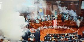 Gjykata e lë për nesër vendimin për deputetët e Vetëvendosjes që hodhën gaz në Kuvend