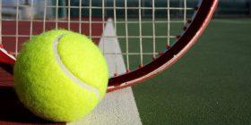 Gjelbër apo verdhë, ngjyra e topit të tenisit ka ngjallur shumë debat (Foto)