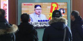 Kim thotë se do t'i ndërpresë testet bërthamore dhe lëshimin e raketave