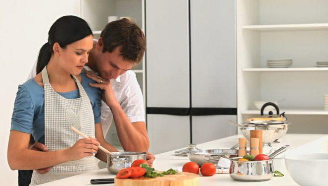 Cilat janë mënyrat më të shëndetshme të gatimit të ushqimit