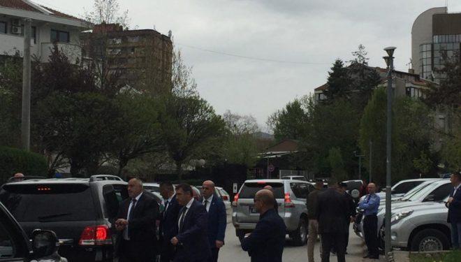 Kryeministri bullgar në drekë me udhëheqësit e Kosovës (Foto)