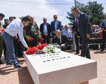 Haradinaj bëri homazhe në Gllogjan, me rastin e shënimit të 24 Majit, Ditës së Batalionit Gardist