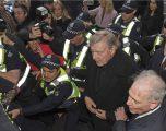 Kardinali australian George Pell do të përballet me dy gjykime