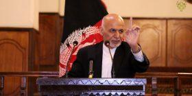 Presidenti afgan shpall armëpushim me talibanët
