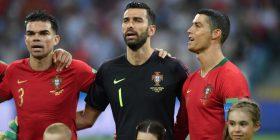 Arsyeja pse Ronaldo kishte një qëndrim ndryshe nga lojtarët tjerë gjatë intonimit të himnit kombëtar