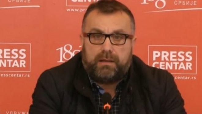 Xhandarmëria, policia, zhytësit serbë në kërkim të gazetarit të zhdukur