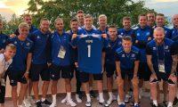 Islandezët para ndeshjes me Nigerinë i japin përkrahje portierit nigerian që nuk arriti të udhëtojë për në Kampionatin Botëror shkaku i leukemisë