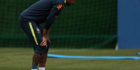 Shqetësime për Neymarin, lëshon stërvitjen më herët