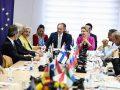 Hoxhaj para ambasadorëve të BE-së: Njohje e ndërsjellët në fund të dialogut