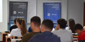 Vazhdon ANV e CSP ditën e 3 të ligjëratave Blockchain Teknologji UBT Prishtinë