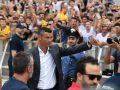 Ronaldo arrin te qendra mjekësore e Juves, takohet edhe me tifozët