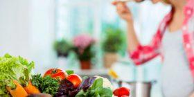 10 vitaminat që duhet të marrë çdo grua për të shmangur problemet me shëndetin
