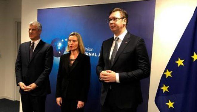 A do t'i kërkohet Kosovës heqja e taksës ndaj Serbisë në Samitin e Berlinit?