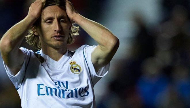 Real Madridi i ofron Modricit rinovim kontrate me dyfishim page