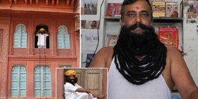 Indiani me mustaqet më të gjata në botë, të cilat i ka rritur për më shumë se 30 vite (Foto)