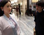 Hoteli luksoz kinez shfrytëzon një robot për të pritur mysafirët, shumica nuk e dallojnë që nuk është njeri (Foto)