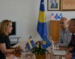 Ministri Hamza vlerëson lartë ndihmën dhe kontributin e Suedisë për Kosovën